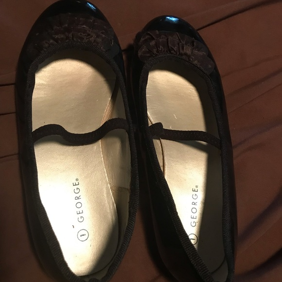 Other - Girls size 1 shoes
